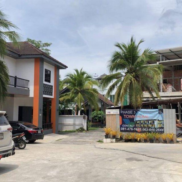 https://www.ppgrandkamala.com/wp-content/uploads/2021/05/Kamala-Townhouses-Phase-3-construction-3-640x640.jpg