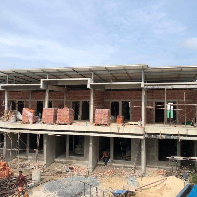https://www.ppgrandkamala.com/wp-content/uploads/2021/05/Kamala-Townhouses-Phase-3-construction-640x640.jpg